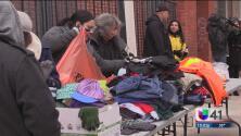Ejército de Salvación ofrece comida caliente y otros insumos a personas de escasos recursos