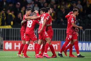 Juventus sale victorioso de visita 0-1 frente al Zenit, Sevilla consigue un punto en su visita al Lille OSC y el Villarreal logra vencer fácilmente 1-4 a los Young Boys.