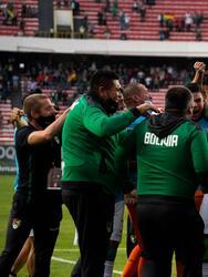 Bolivia quiere pelear por su pase a Qatar 2022 y golean 4-0 a Paraguay.