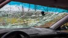 Menor de 15 años y mujer de 51 fallecen en accidente de auto en la I-90