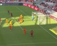 ¡Figura! Qué manera de ahogar el grito de gol por parte de Maric
