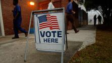 Encuesta revela ambivalencia de votantes texanos