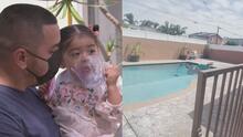 """""""No respiraba"""": la pesadilla que vivió una familia al encontrar a su bebé sumergida en la piscina de la casa"""