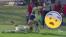 ¡Dejó la vida! Jugadora del América arriesgó su cabeza para quitar la pelota