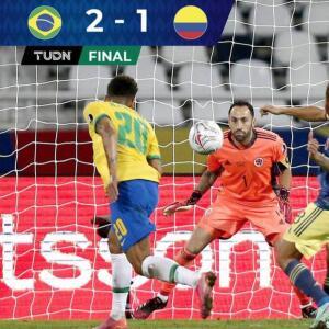 Agónico triunfo de Brasil 2-1 sobre Colombia lo afianza como líder del grupo B