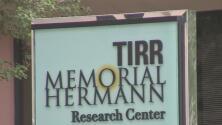 ¿Tienes un familiar en el Memorial Hermann? Ahora podrás visitarlo y esto es lo que debes saber