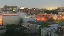 Dos bomberos resultan heridos en un incendio en un edificio de Brooklyn