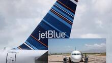 Detienen a pasajero de JetBlue que agredió y trató de asfixiar a miembros de la tripulación