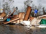 Al menos 4 muertos deja Ida, que golpeó duro el sur de EEUU, pero no fue otro Katrina