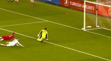 El poste ahoga el grito de gol de Orlando City