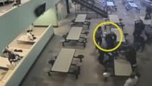Revelan imágenes de uso de fuerza excesiva contra inmigrantes en un centro de detención de ICE en California