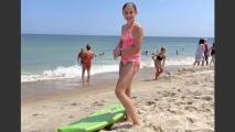 Esta niña salió a disfrutar de la playa y un tiburón convirtió sus vacaciones en pesadilla