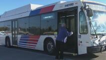 Aunque con retrasos y cancelaciones, Houston tendrá servicio de transporte público este martes