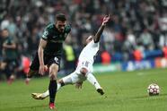 El Sporting de Lisboa derrota al Besiktas 3-1 en su visita, durante la J3 de la UEFA Champions League. Sebastián Coates se lució con doblete (15', 27') y Pablo Sarabia, de penal, le dio la victoria al equipo portugués, mientras que, para los locales fue Cyle Larin quien descontó al 24'.