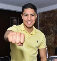 Jessie Vargas quiere unificar título con Danny García