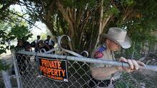 Prisión texana recibe tres inmigrantes detenidos por delitos estatales como parte de la estrategia de Abbott de seguridad fronteriza