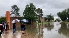 Estos son consejos para evitar accidentes durante los avisos por inundaciones repentinas
