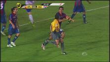 ¿Gol con la mano de Emanuel Villa?