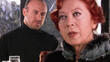 Onur le confesó a su madre su amor por Sherezade y ella le prohibió acercársele