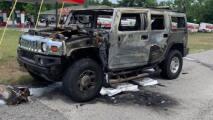 Hummer se incendia en Florida transportando cuatro contenedores con gasolina