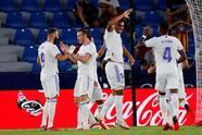 El Real Madrid logra empatar el encuentro 3-3 tras ir perdiendo ante el Levante, durante la segunda Jornada de LaLiga. Roger Marti, José Gomez Campaña y Roberto Suarez Pie fueron autores de los goles de la escuadra de los 'granotes', sin embargo, Bale y el doblete de Vinicius Jr. igualaron marcador y salvaron un punto.