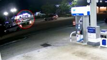 Revelan videos del tiroteo en el que un sospechoso de invadir una casa es herido por la policía