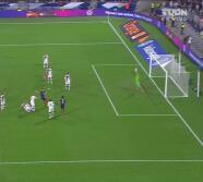 ¡Arruina un golazo! Griezmann la acomoda y Benzema suelta un zapatazo
