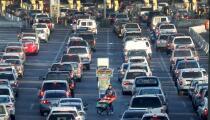EE.UU. extiende las restricciones fronterizas terrestres con Canadá y México