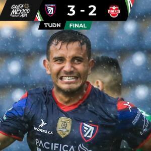 Resumen   Tepatitlán derrota 3-2 a Mineros tras tormenta eléctrica