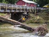 Dos muertos y al menos 20 desaparecidos por inundaciones en Carolina del Norte causadas por Fred