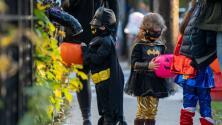 ¿Por qué debes tener cuidado con los dulces que reciben tus hijos en Halloween? Esto responden las autoridades