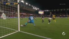 ¡Moreira evita el gol de Jamaica! Otra vez Andre Gray la deja escapar