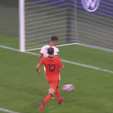¡El del honor! Cengiz Ünder descuenta 6-1 para Turquía al 92'