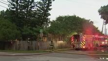 """""""He quedado con lo que tengo puesto"""": incendio en North Miami Beach deja varias familias sin hogar"""