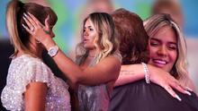 Fotos: Karol G y su familia se emocionan en el estreno de su documental 'Karol G: la guerrera del género'