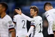 Alemania remonta a Rumania con goles de Müller y Gnabry