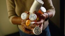 Los hispanos recurren más a la automedicación