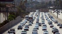 El tráfico fluye con normalidad en las principales vías de Los Ángeles la mañana de este jueves