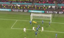 Rebotes en el área y España no logra marcar el segundo ante Italia