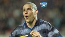 ¡Equipazo en modo Inter 98-99! El XI ideal del 'Bam-Bam' Zamorano