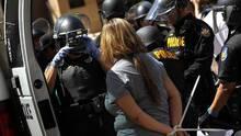 El administrador de la ciudad revela los resultados de dos investigaciones contra la policía de Phoenix