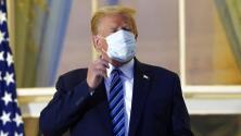 Pese a que aún no revela si ya dio negativo por coronavirus, el presidente Trump planea actos de campaña