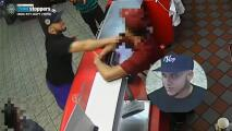 Buscan a hombre que acuchilló la cara de empleado de Texas Chicken and Burgers en el Bronx y luego huyó
