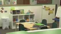 Instauran programas para incentivar el regreso de estudiantes a escuelas y colegios comunitarios