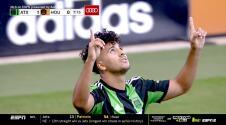 ¡Penal con buena suerte! Cecilio Domínguez falla, pero el portero anota en su propia meta