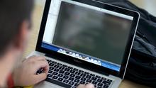 Anuncia Illinois medidas contra la creciente explotación infantil por internet