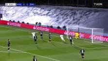 ¡GOOOL! Karim Benzema anota para Real Madrid.