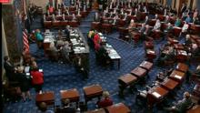 Senado debate paquete de estímulo con cheques de ayuda y sin aumento de sueldo mínimo