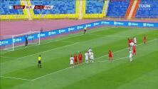 ¡GOL!  anota para Bielorrusia. Vitali Lisakovich