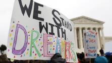 CHIRLA ofrece ayuda económica a los dreamers que quieran renovar DACA